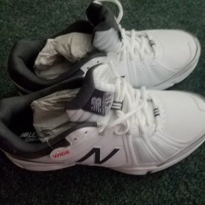 New Balance Shoes - NEW BALANCE men's  athletic shoes